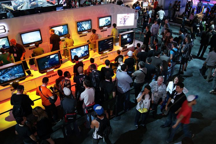Vista geral do estande da Sony na E3 2010