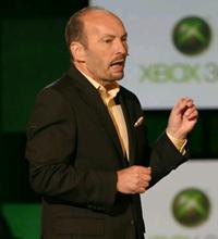 Peter Moore durante a conferência da Microsoft na E3 2007